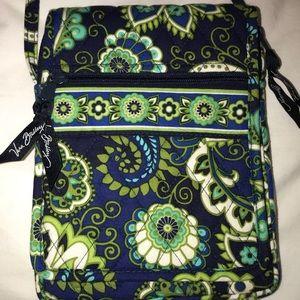 vera bradley crossbody bag in rhythm and blues